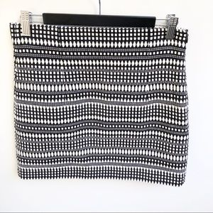 Zara S 8 10 Black White Aztec Tribal Mini Skirt